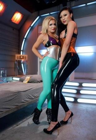 Energize a Penis onto Her Beautiful Latex Covered Crotch: Sci-Fi SEX (Venus Lux and Caprice Capone)  [HD 720p] Kink.com