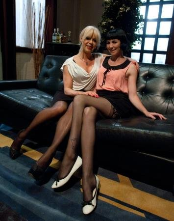 Hitting It Big: Transsexual Casting Couch (Coral Aorta and Joanna Jet)  [HD 720p] Kink