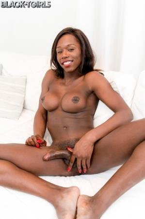 Amazing Kendall Dreams! (Kendall Dreams)  [FullHD] Black-TGirls.com