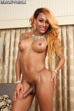 Taylor Is Back! (Taylor)  [FullHD] Black-TGirls.com