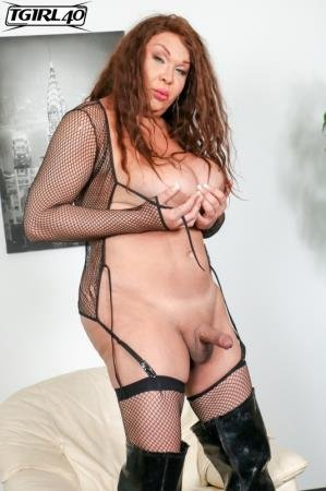 Michelle Pops A Great Load! (Michelle Michaels)  [FullHD] TGirl40.com