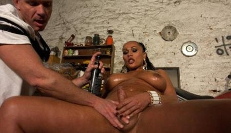 The League of Extraordinary Transsexuals: Beautiful, Feminine, Hung (Paolo and Graziella Toledo)  [HD] TSSeduction.com